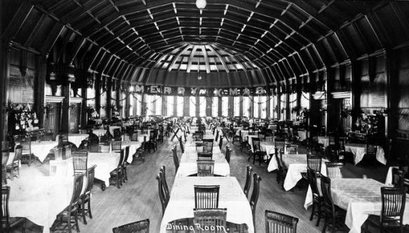 Crown Room (1888) (Photo from the Hotel Del website)