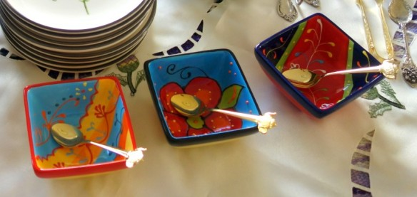 Really cute condiment dishes from Spain